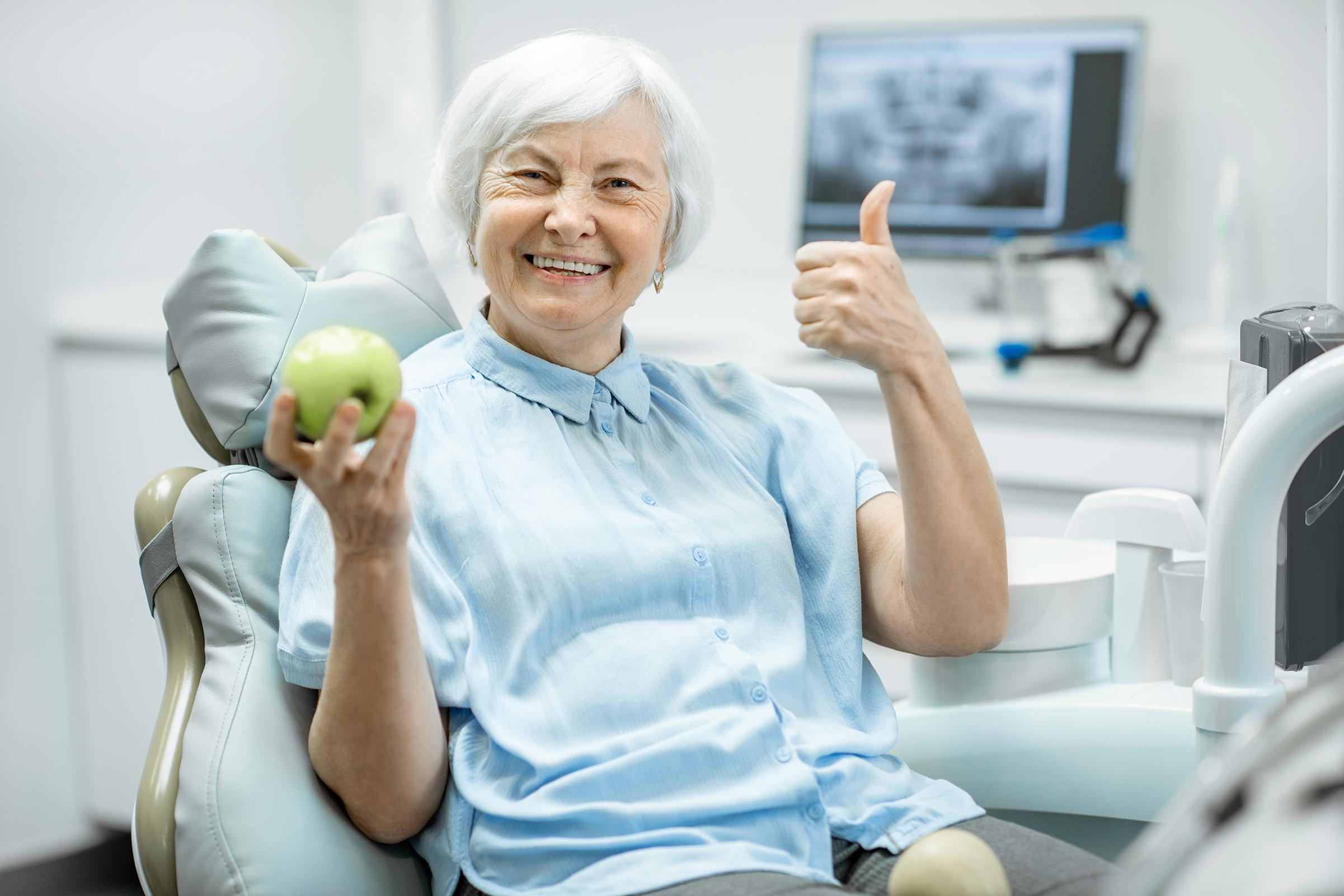 Vaivaton proteesipalvelu osana suun kokonaishammashoitoa